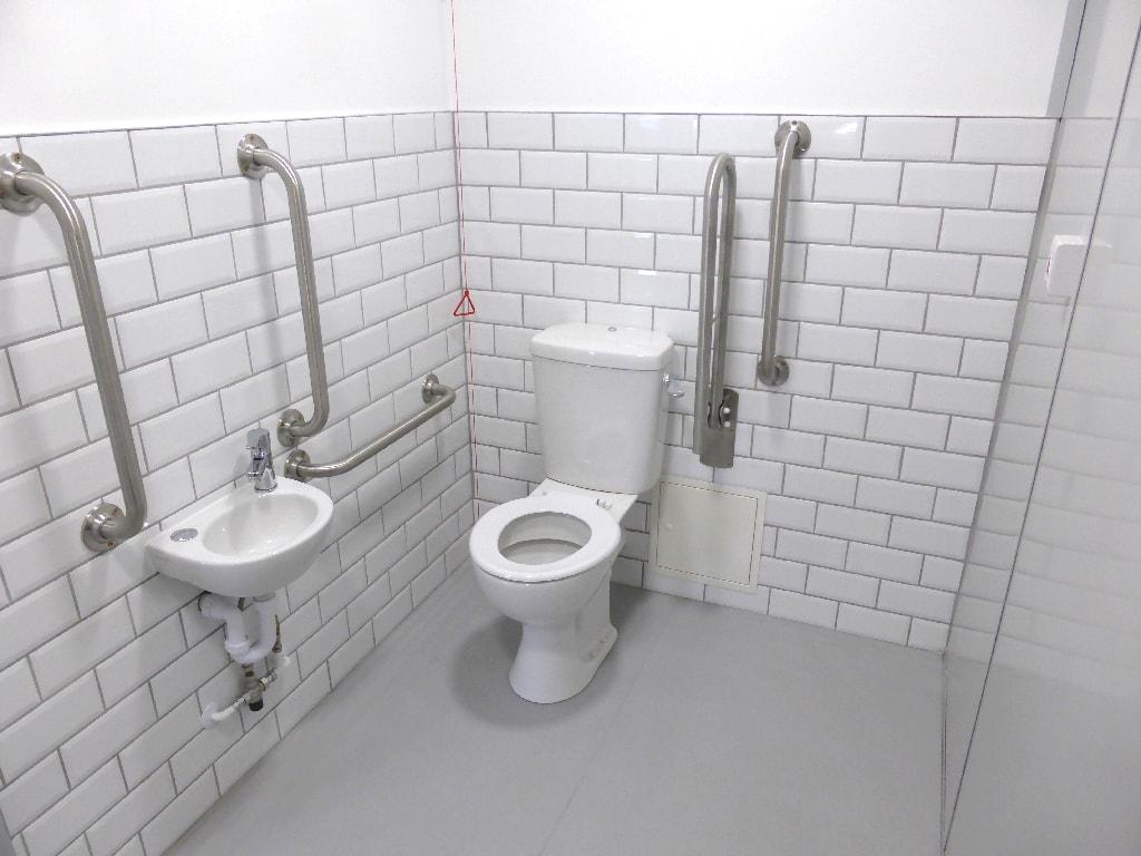 Farrell Transport ltd Toilet